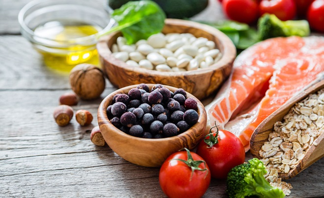 Стейк ласося с овощями